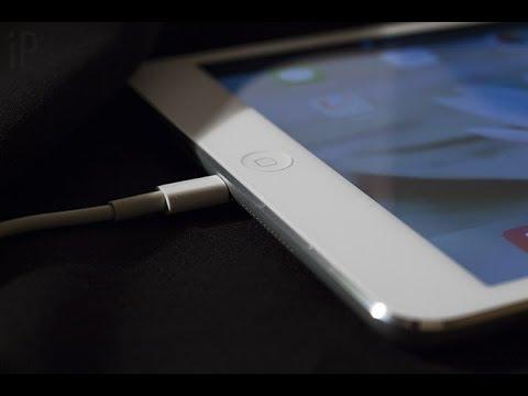 ipad заряжается кабелем