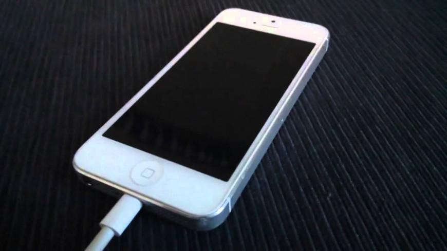 Айфон ен включается на зарядке